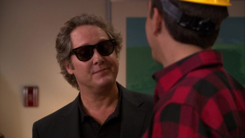 "Ray-Ban Wayfarer Sunglasses Worn by James Spader (Robert California) in The Office – Season 8, Episode 5, ""Spooked"" (2011) - TV Show Product Placement"