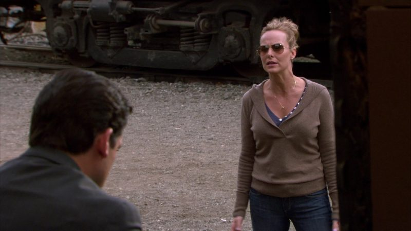 "Ray-Ban Women's Sunglasses Worn by Melora Hardin (Jan Levinson) in The Office – Season 4, Episodes 7-8, ""Money"" (2007) - TV Show Product Placement"