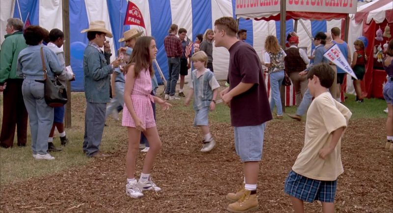 Reebok Women's Sneakers & Socks Worn by Catherine Reitman in Beethoven's 2nd (1993) - Movie Product Placement