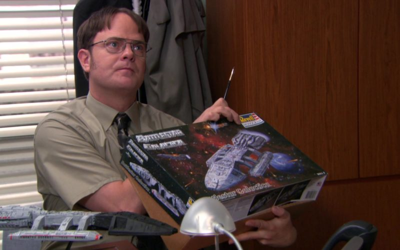Revell Battlestar Galactica Used by Rainn Wilson (Dwight Schrute) in The Office (4)