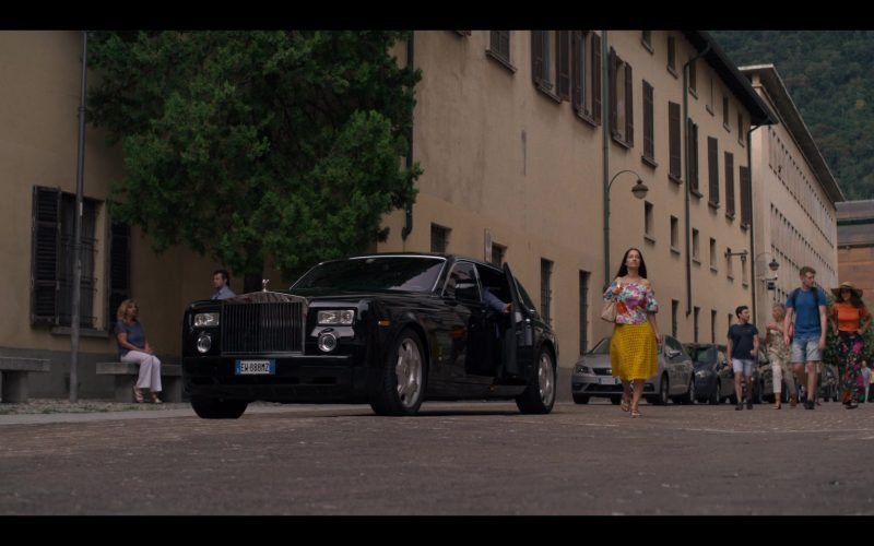 Rolls-Royce Luxury Car in Murder Mystery (2)