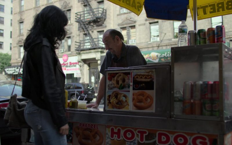Sabrett Hot Dogs in Jessica Jones (1)