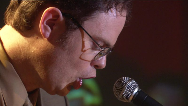 """Shure Microphone Used by Rainn Wilson (Dwight Schrute) in The Office – Season 2, Episode 17, """"Dwight's Speech"""" (2006) - TV Show Product Placement"""