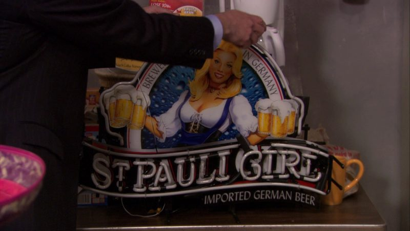 """St. Pauli Girl Sign in The Office – Season 7, Episode 19, """"Garage Sale"""" (2011) - TV Show Product Placement"""