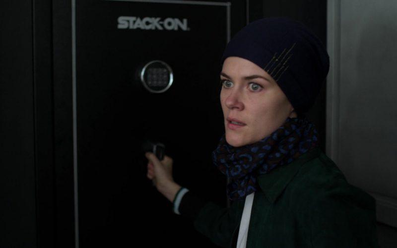 Stack-On Safe in Jessica Jones (3)