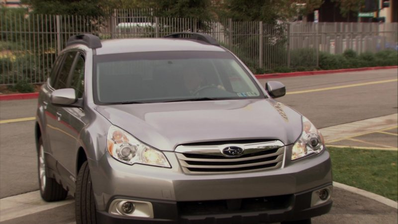 """Subaru Outback Car in The Office – Season 6, Episodes 17-18, """"The Delivery"""" (2010) - TV Show Product Placement"""