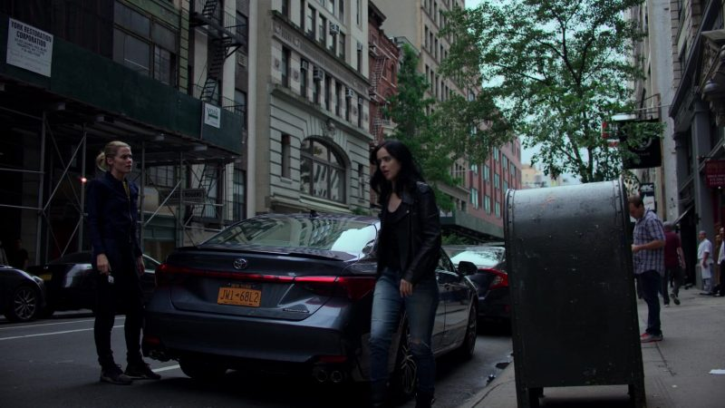 """Toyota Avalon Car Used by Rachael Taylor in Jessica Jones - Season 3, Episode 6, """"A.K.A Sorry Face"""" (2019) TV Show"""