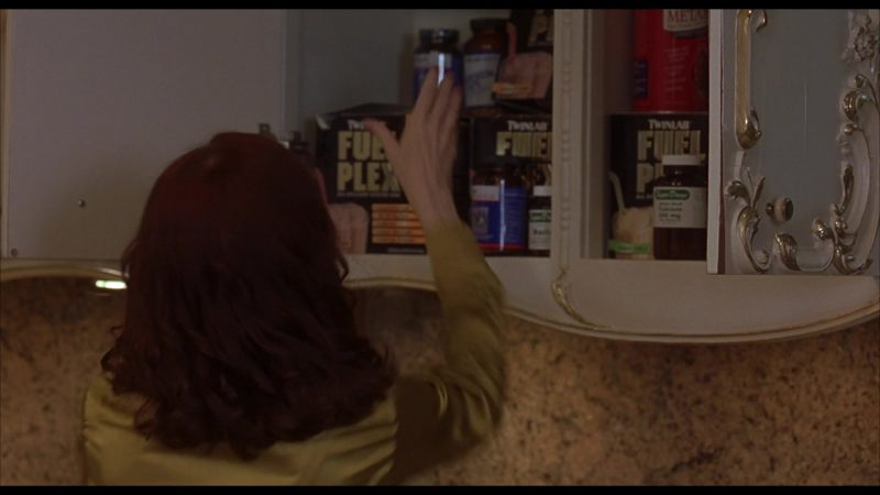 TwinLab Fuel Plex in Beethoven's 4th (2001) Movie Product Placement