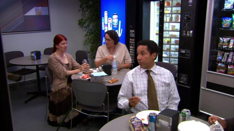 "UTZ Chips in The Office – Season 4, Episodes 7-8, ""Money"" (2007) - TV Show Product Placement"