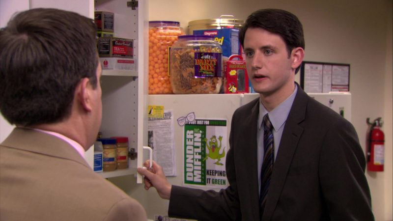 """UTZ Party Mix and Wegmans Cereal in The Office – Season 6, Episode 24, """"The Cover-Up"""" (2010) - TV Show Product Placement"""