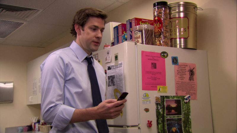 """UTZ Snacks and Wegmans Cereal in The Office – Season 6, Episode 20, """"New Leads"""" (2010) TV Show Product Placement"""