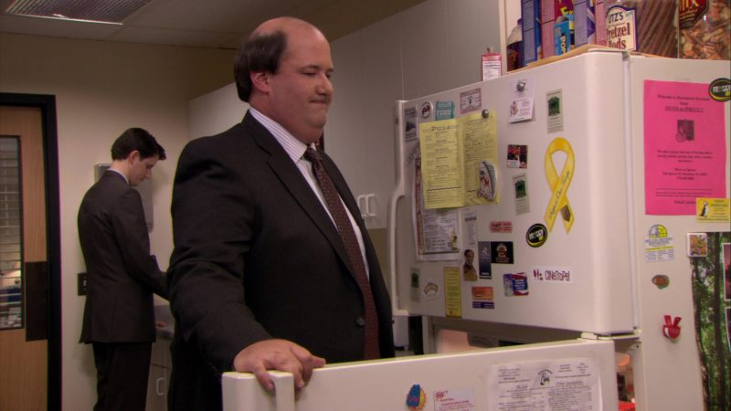 """UTZ's Pretzel Rods in The Office – Season 6, Episode 22, """"Secretary's Day"""" (2010) - TV Show Product Placement"""