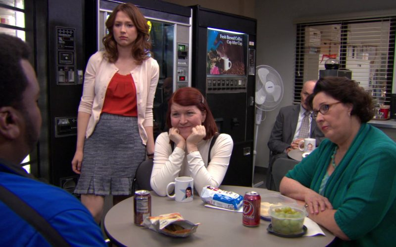Wegmans Cola Enjoyed by Phyllis Smith (Phyllis Vance) in The Office (1)