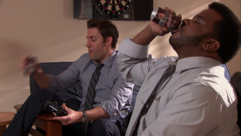 """Wegmans Fountain Root Beer Can Enjoyed by Craig Robinson (Darryl Philbin) in The Office – Season 9, Episode 14, """"Vandalism"""" (2013) - TV Show Product Placement"""