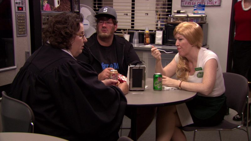"""Wegmans Mountain Soda Enjoyed by Kate Flannery (Meredith Palmer) & Wegmans Fountain Root Beer Enjoyed by Phyllis Smith (Phyllis Vance) in The Office – Season 7, Episode 6, """"Costume Contest"""" (2010) TV Show Product Placement"""
