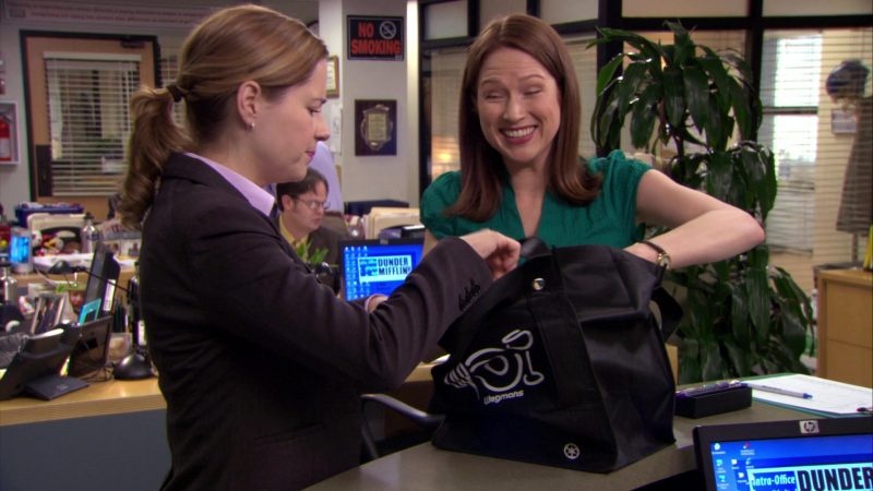 """Wegmans Store Bag Used by Jenna Fischer (Pam Beesly) & Ellie Kemper (Erin Hannon) in The Office – Season 6, Episode 25, """"The Chump"""" (2010) TV Show Product Placement"""
