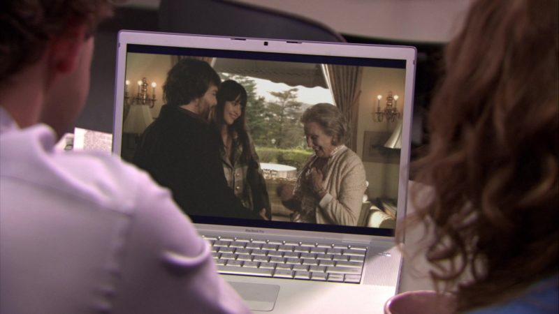 "Apple MacBook Pro Laptop Used by John Krasinski (Jim Halpert),  Jenna Fischer (Pam Beesly) & Ed Helms (Andy Bernard) in The Office – Season 5, Episodes 14-15, ""Stress Relief"" (2009) TV Show Product Placement"