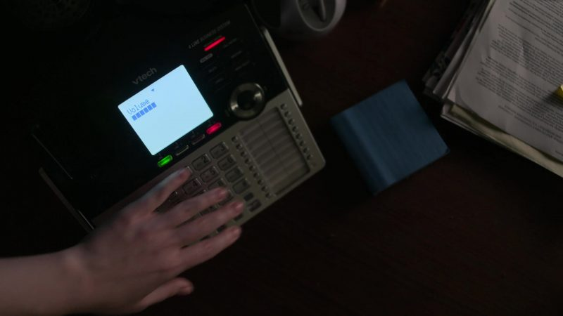 "vTech Phone Used by Krysten Ritter in Jessica Jones - Season 3, Episode 1, ""A.K.A The Perfect Burger"" (2019) - TV Show Product Placement"
