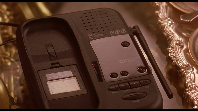 vTech Telephone in Beethoven's 4th (2001) - Movie Product Placement