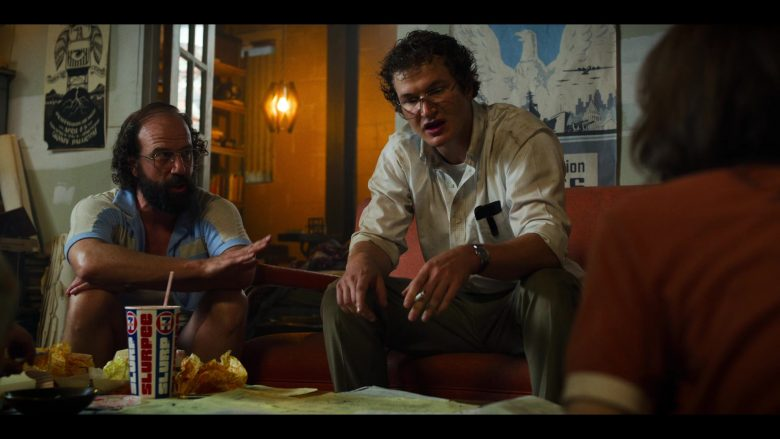 "7-Eleven Slurpee Drink in Stranger Things - Season 3, Episode 6, ""E Pluribus Unum"" (2019) - TV Show Product Placement"