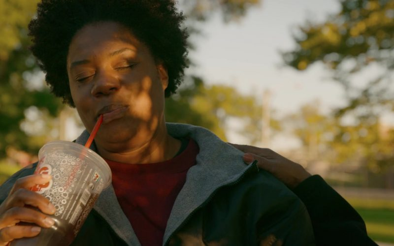 7-Eleven Super Big Gulp in Orange Is the New Black (2)