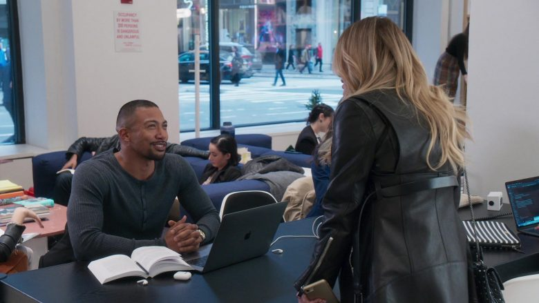 "Apple MacBook Laptop Used by Charles Michael Davis in Younger - Season 6, Episode 4, ""An Inside Glob"" (2019) TV Show Product Placement"