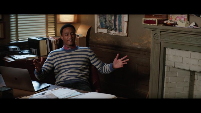 Apple MacBook Laptop Used by Jessie Usher in Shaft (2019) - Movie Product Placement