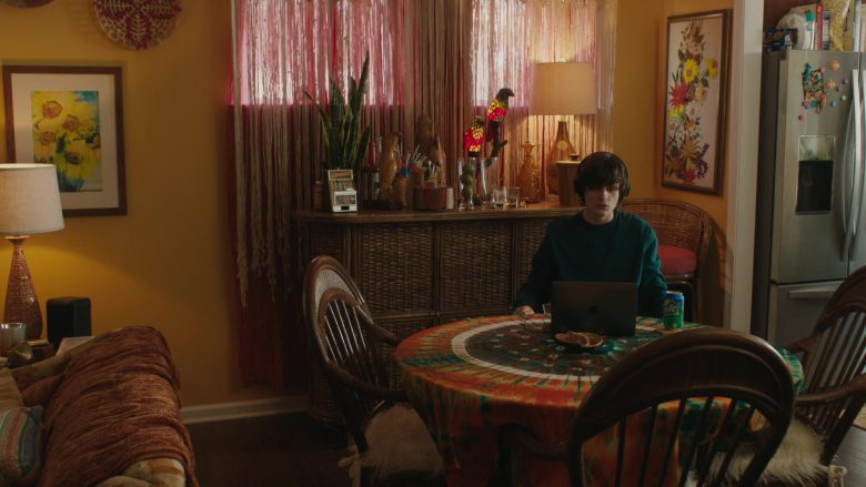 Apple MacBook Laptop and Sprite Enjoyed by Charlie Tahan in Poms (2019) - Movie Product Placement