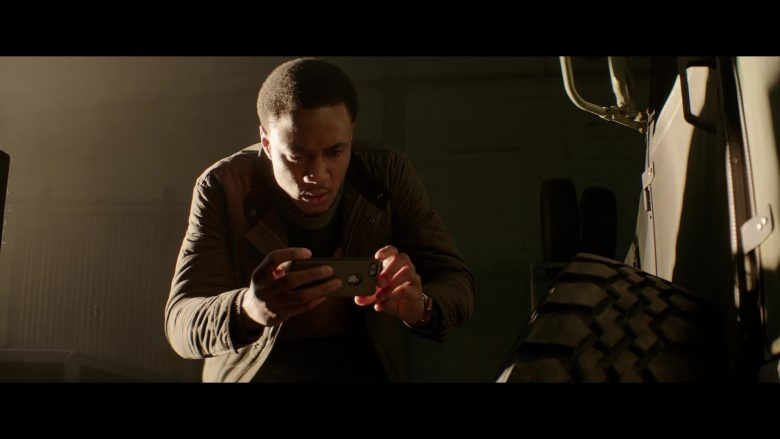 Apple iPhone Smartphone Used by Jessie Usher in Shaft (2019) - Movie Product Placement