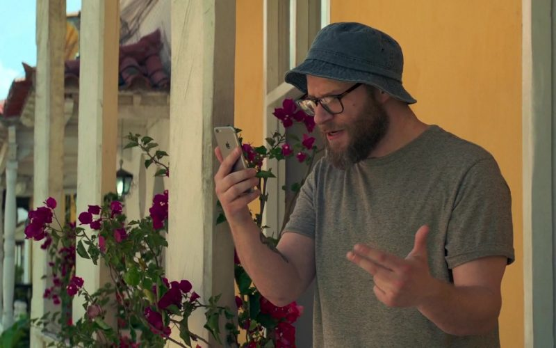 Apple iPhone Smartphone Used by Seth Rogen in Long Shot (4)