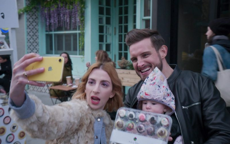 Molly Bernard, Nico Tortorella are posing for a picture