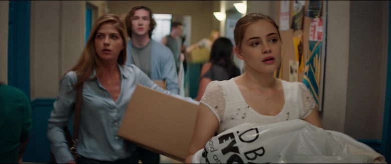 Bed Bath & Beyond Plastic Bag Held by Josephine Langford in After (2019) - Movie Product Placement