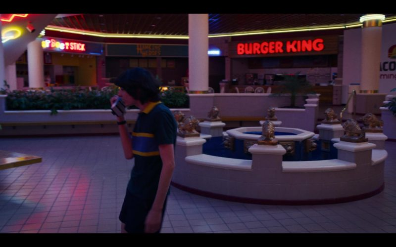 Burger King Restaurant in Stranger Things – Season 3, Episode 8 (2)