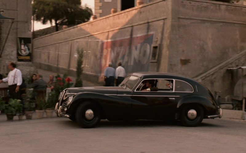 Cinzano Vermouth Logo Wall Paint in The Godfather (2)