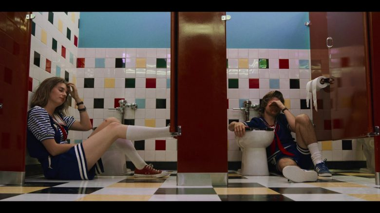 """Converse Sneakers Worn by Maya Hawke as Robin in Stranger Things - Season 3, Episode 7, """"The Bite"""" (2019) - TV Show Product Placement"""