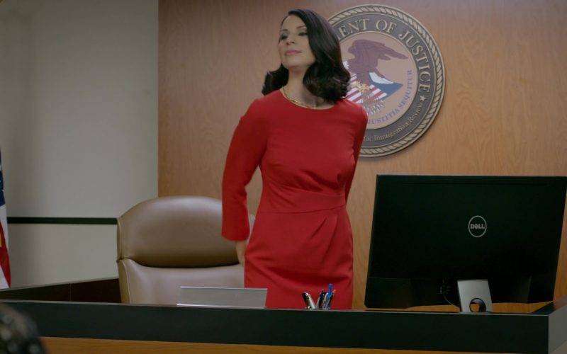 Dell All-In-One PC Used by Beth Dover in Orange Is the New Black