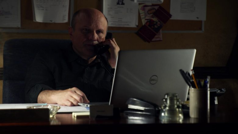 Dell Laptops in Veronica Mars - Season 4, Episode 1, Spring Break Forever (2019) - TV Show Product Placement