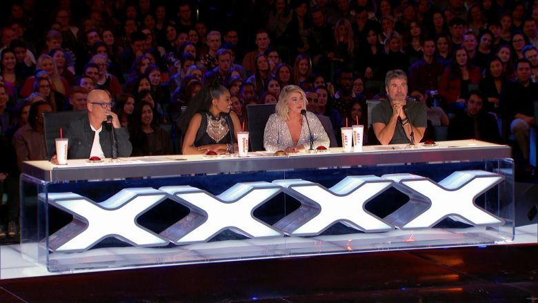 Dunkin' Donuts AGT Cups in America's Got Talent - Season 14, Episode 7, Auditions 6 (2019) - Reality Television Product Placement
