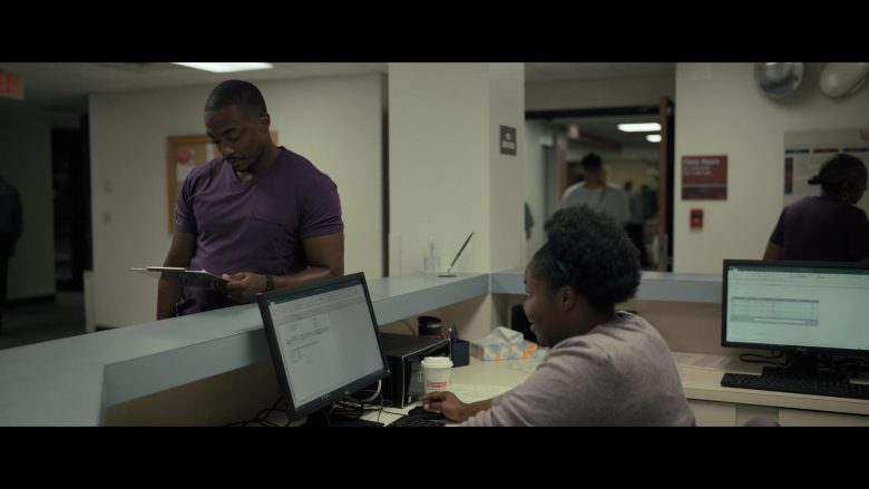 Dunkin' Donuts Cup in Point Blank (2019) - Movie Product Placement