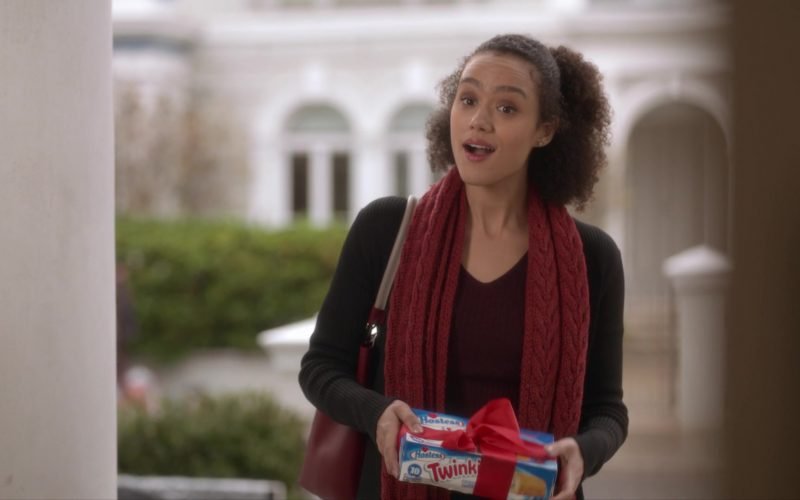 Hostess Twinkies Held by Nathalie Emmanuel in Four Weddings and a Funeral (1)