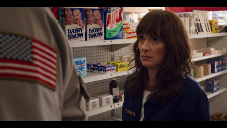 """Ivory Snow Baby Detergent and Ajax in Stranger Things - Season 3, Episode 1, """"Suzie, Do You Copy?"""" (2019) - TV Show Product Placement"""
