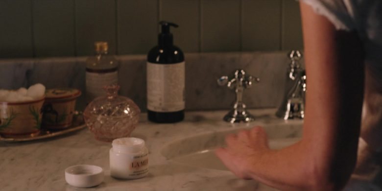 La Mer Cream Used by Kelly Reilly in Yellowstone - Season 2, Episode 5, Touching Your Enemy (2019) - TV Show Product Placement