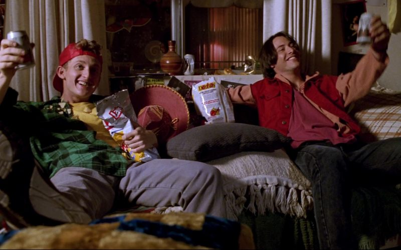 Lay's and Doritos Enjoyed by Alex Winter & Keanu Reeves in Bill & Ted's Bogus Journey (1)