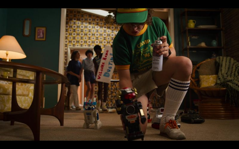 Reebok Sneakers Worn by Gaten Matarazzo as Dustin Henderson in Stranger Things (2)