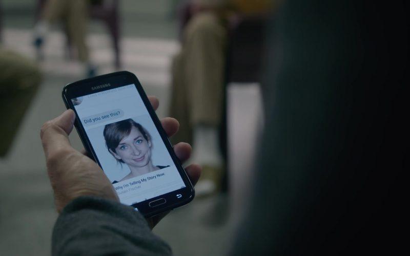 Samsung Galaxy Mobile Phone Used by Nick Sandow as Joe Caputo in Orange Is the New Black (4)