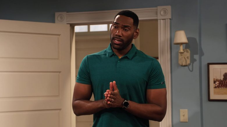 """Samsung Galaxy Watch Anthony Alabi in Family Reunion - Season 1 Episode 5, """"Remember Grace Under Fire?"""" (2019) - TV Show Product Placement"""