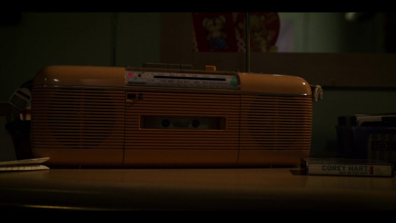 "Sharp Tape Recorder in Stranger Things - Season 3, Episode 1, ""Suzie, Do You Copy?"" (2019) - TV Show Product Placement"