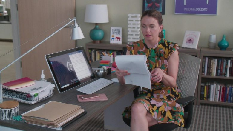 "Sony All-In-One Computer Used by Sutton Foster in Younger - Season 6, Episode 4, ""An Inside Glob"" (2019) TV Show Product Placement"
