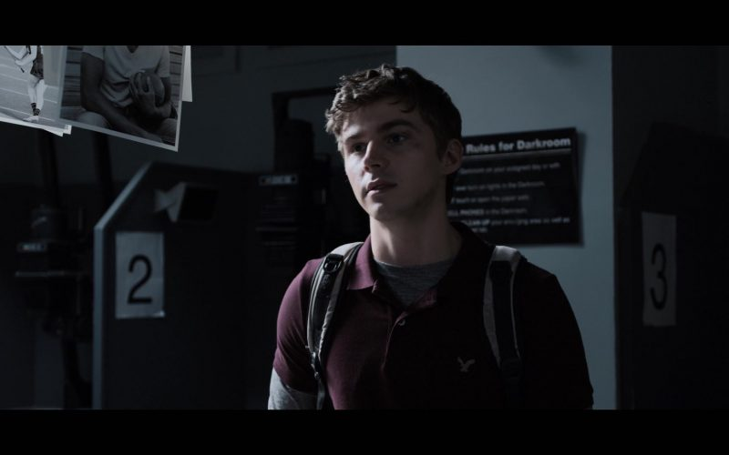 American Eagle Outfitters Polo Shirt in 13 Reasons Why (1)