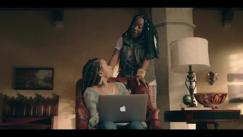 Apple MacBook Air Laptop Used by Logan Browning in Dear White People - Season 3, Episode 7 (2019) - TV Show Product Placement